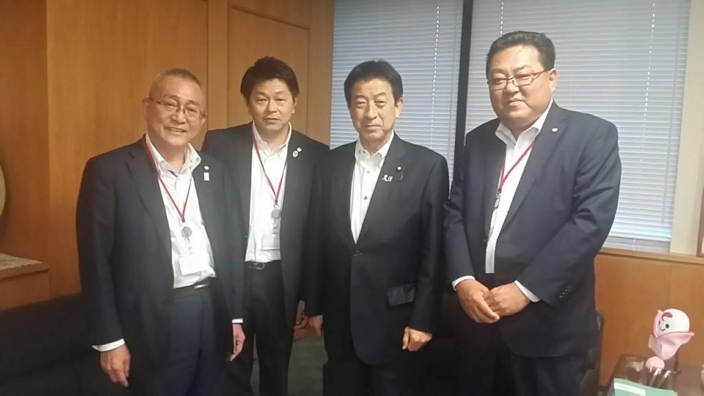 日本福祉車輌協会、厚生労働省を訪問 2016年8月2日